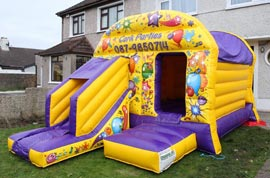 Bounce House with Slide Cork